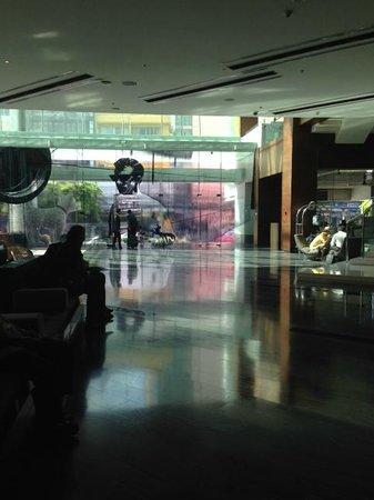 Le Meridien Bangkok : entrance