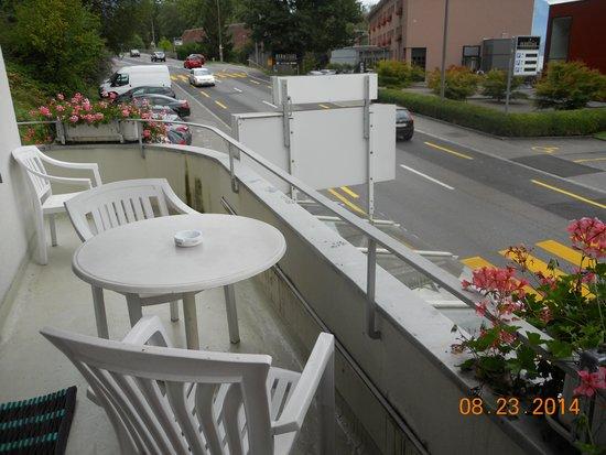 Hotel Bellevue Luzern: Balcony