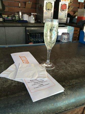 Kimpton Solamar Hotel: J Six Champagne!