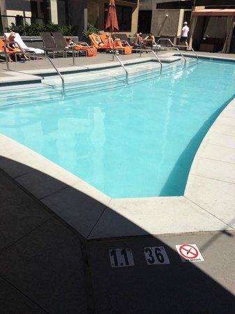 Kimpton Solamar Hotel: Pool Area
