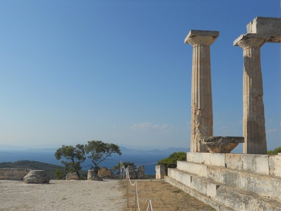 Temple of Aphaia: Templo