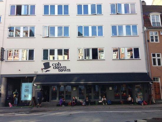 Copenhagen Downtown Hostel: CPH Downtown frontage