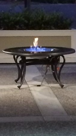 Napa Winery Inn: Our New Courtyard Fire Pit