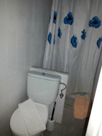 Pensio 2000: Water e doccia