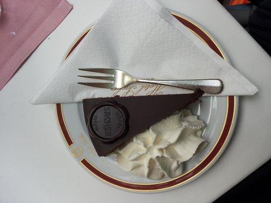 Café Sacher Salzburg: Sacher torta