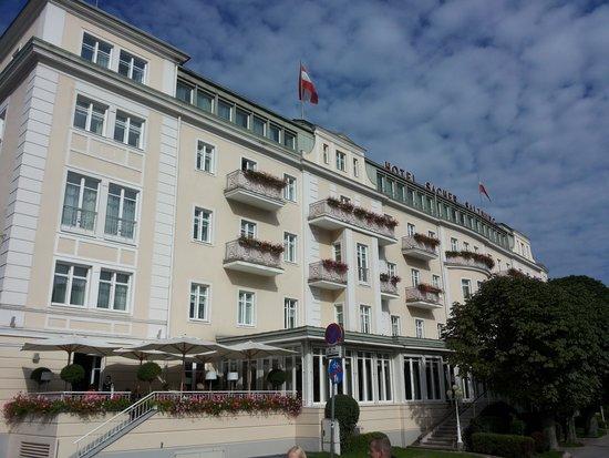 Café Sacher Salzburg: Vista hotel sacher