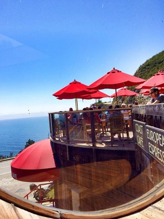 Big Sur Coast Gallery & Cafe: View from the Cafe