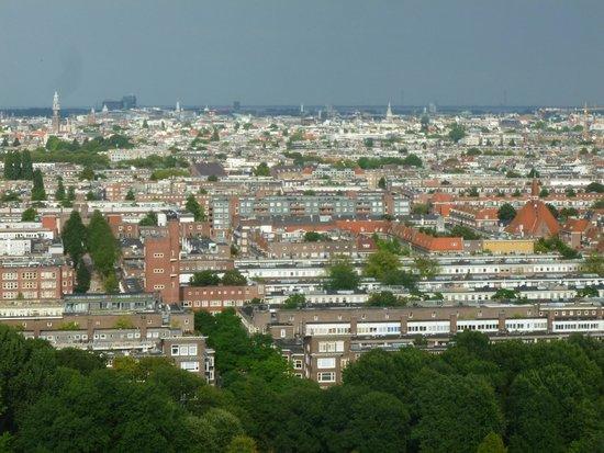 Ramada Apollo Amsterdam Centre: Blick von der Dachterrasse