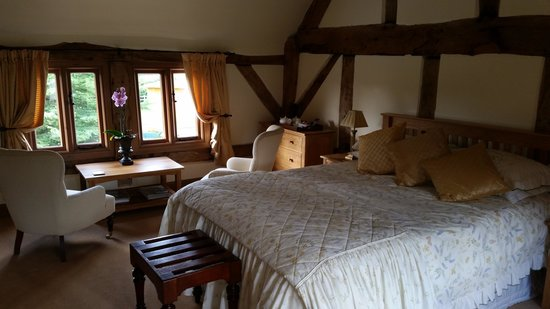 Ty Derw Country House Bed & Breakfast
