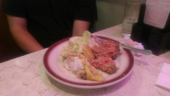 Tastee Diner: Extremely fresh burger