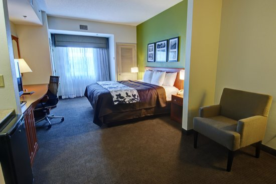 Sleep Inn & Suites: Non-smoking Jacuzzi King room