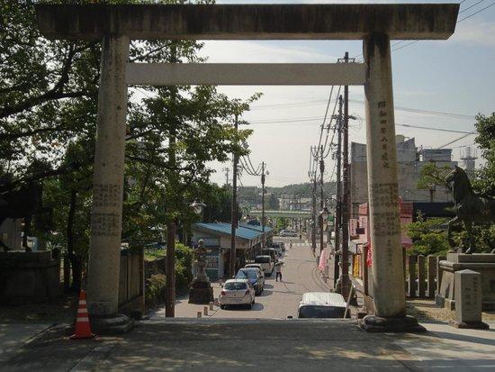 深川神社の周辺には鰻屋が多い -...