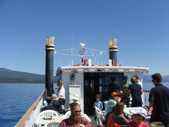 Tahoe Gal Cruises: Enjoying the ride!