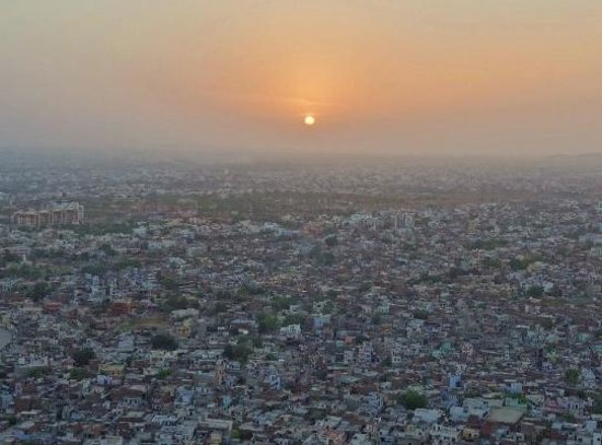 Nahargarh Fort: Stunning Sunsets above the city noise