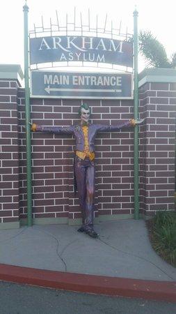 Le parc à thème Warner Bros. Movie World : Arkham asylum