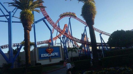 Le parc à thème Warner Bros. Movie World : Fast and fun ride!
