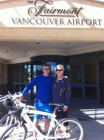Fairmont Vancouver Airport: Fairmont BMW bikes were a pleasure to ride along Vancouver's seawall