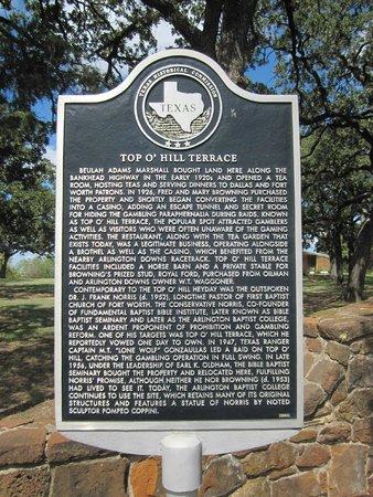 Arlington, TX: Historical Sign at the Entrance