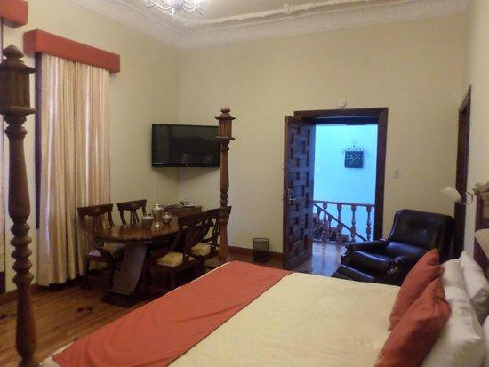 Hotel La Circasiana: Habitaciones muy amplias