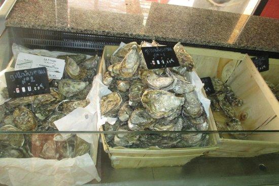 Les Fouges pescado y marisco: display