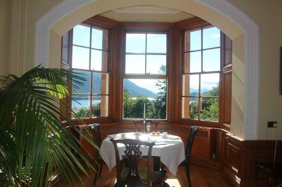 Glencoe House: Suite - breakfast table