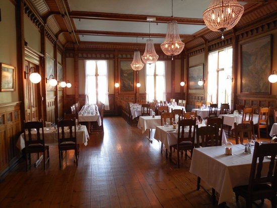 Thon Hotel Sandven : Dining Room
