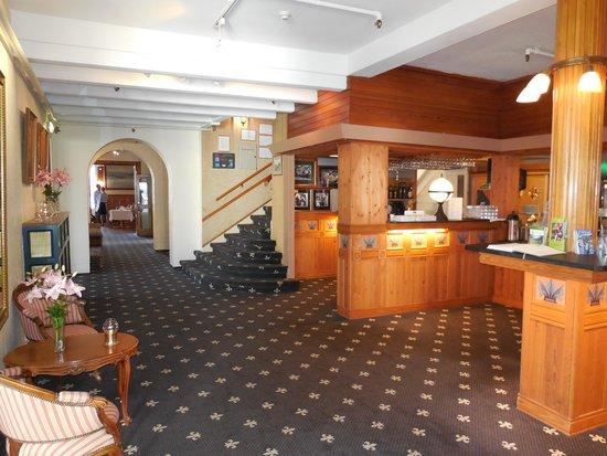 Thon Hotel Sandven : Lobby