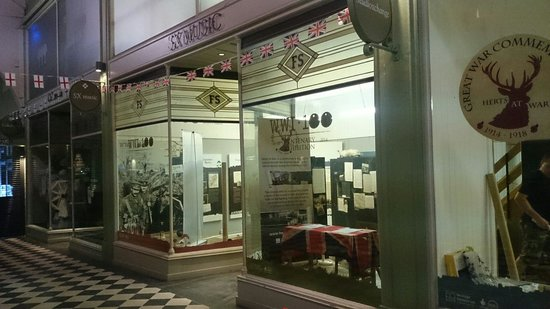 ‪Herts at War Exhibition‬
