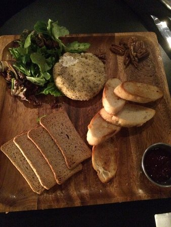 PRIME Social Kitchen: Baked goat cheese