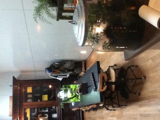 Ace Hotel: Hotel Lobby
