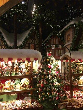 Käthe Wohlfahrts Weihnachtsdorf: So beautiful!