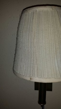 Motel 6 Hannibal: The dust on our lamp shade...