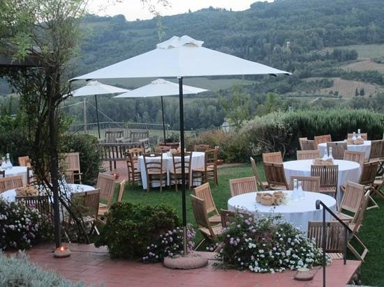 Castello di Bibbione: beautiful setting for a wedding