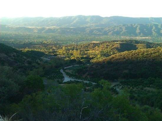 The Oaks at Ojai: views of Ojai during morning hike