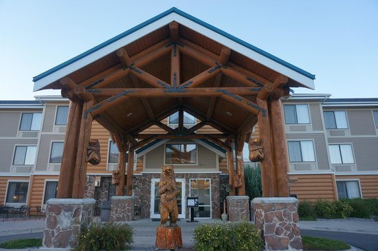 ClubHouse Inn West Yellowstone: Exterior appearance