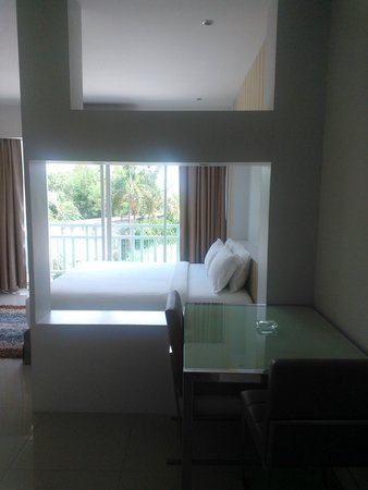 Golden City Rayong Hotel Photo