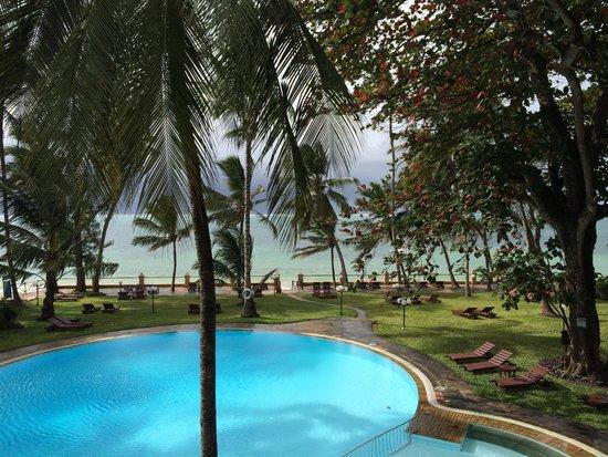 Neptune Beach Resort: The pool!