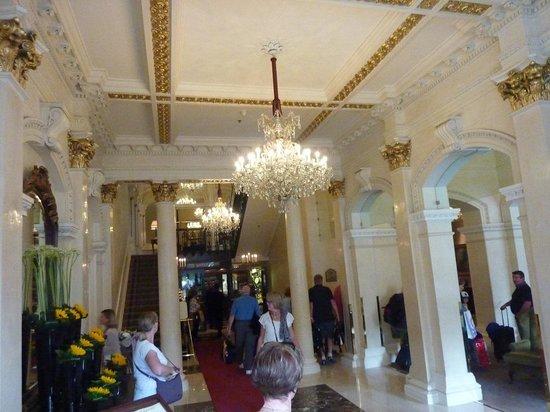 The Shelbourne Dublin, A Renaissance Hotel: The foyer