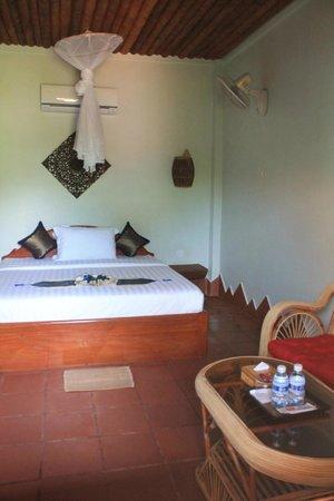 blue kep bungalow : chambre lit double