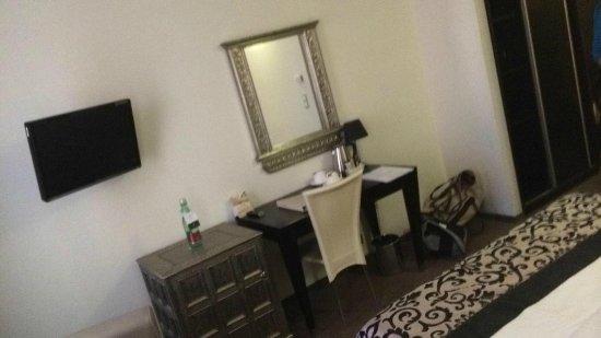 Standard room picture of grandior hotel prague prague for Designhotel elephant praha 1 tschechische republik