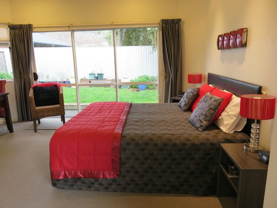 Boutique Motel Nelson: Our most requested Unit. The Executive Studio