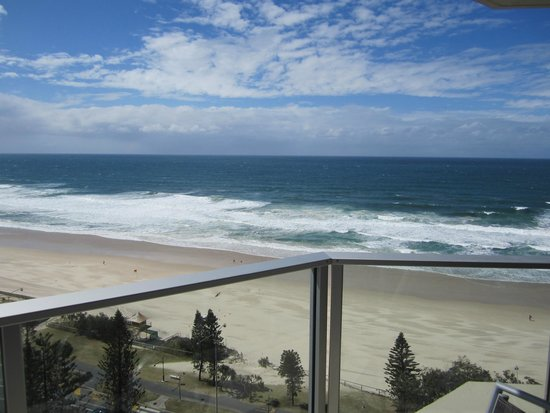 Hi Surf Beachfront Resort Apartments: View from balcony