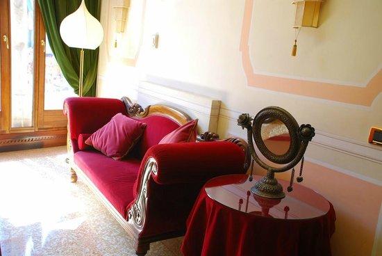 Ai Mori d'Oriente Hotel: Hotel interior
