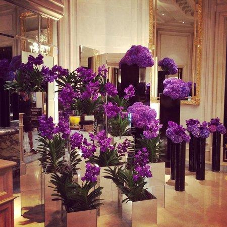 Four Seasons Hotel George V : Lobby
