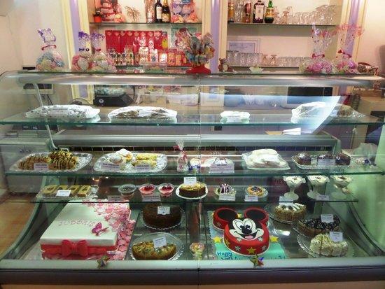 Sweet Dreams Pasticeri Izraelite: Our desserts