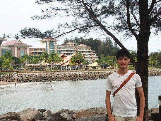 The Empire Hotel & Country Club : 帝國酒店海灘區