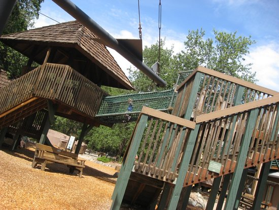 Turtle Bay Exploration Park: Outdoor play