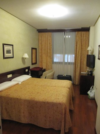 Hotel América  - Sevilla: 客室