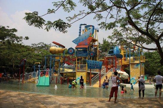 Waterbom Jakarta: Kids area.