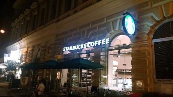 Starbucks Am Graben